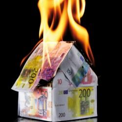 20111229114503-dinero-quemando.jpg