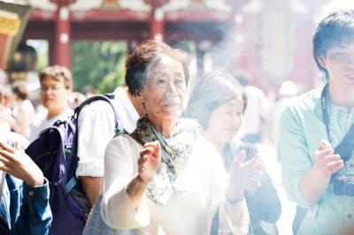 20161227233439-ancianos-japos-productividad.jpg