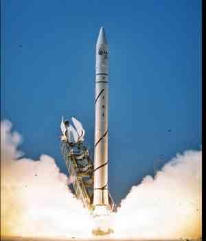 20120221141250-cohete-israeli.jpg