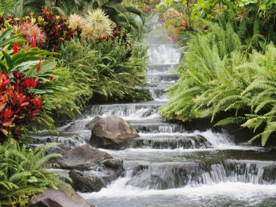 20120622194719-waterfall.jpg