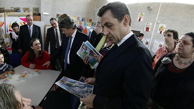 Sarkozy sube en las encuestas tras la tragedia de Toulouse