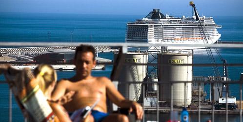 El 29-M tira por la borda 136.000 euros de turistas en Málaga y Cádiz