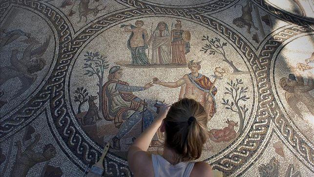 El Mosaico de los Amores de Cástulo se abre al público digital