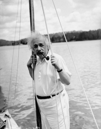 EINSTEIN VACATION