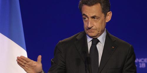 Sarkozy atribuye a los socialistas el nivel de intereses de la deuda española